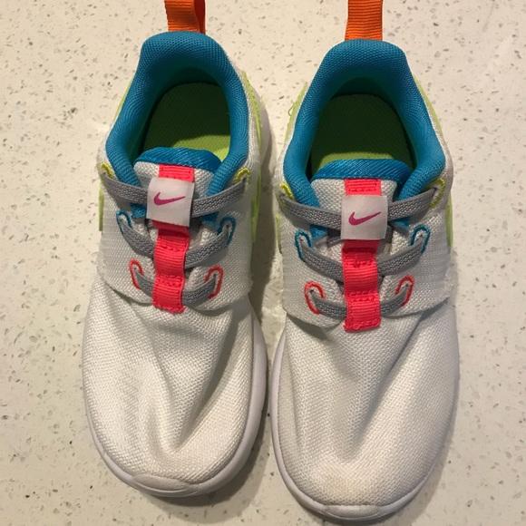 Nike toddler girl shoes size 10c